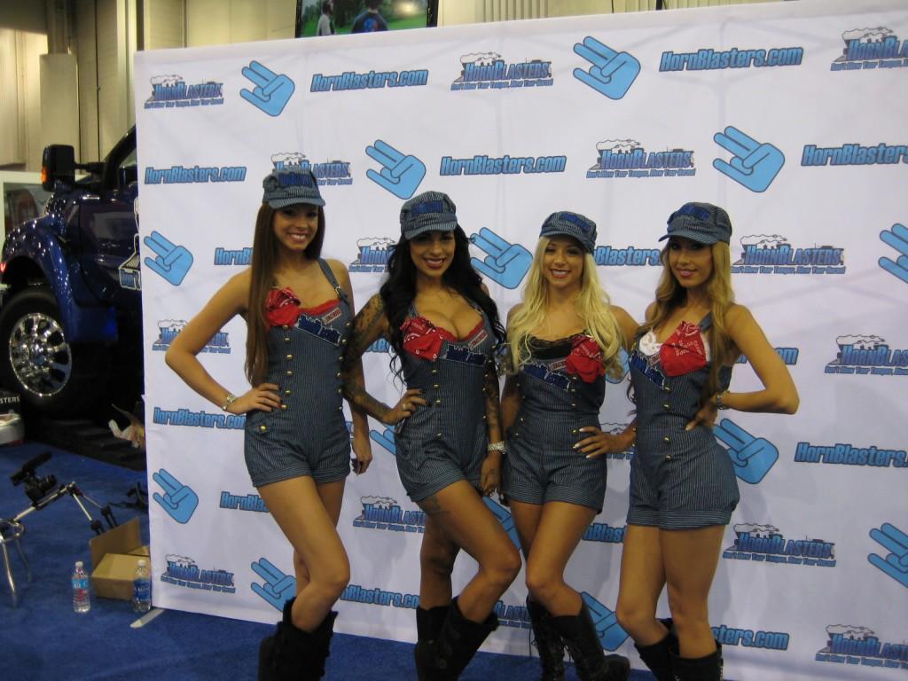 Hornblaster girls