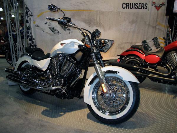 2013-ny-motorcycle-show-05-0113-lgn