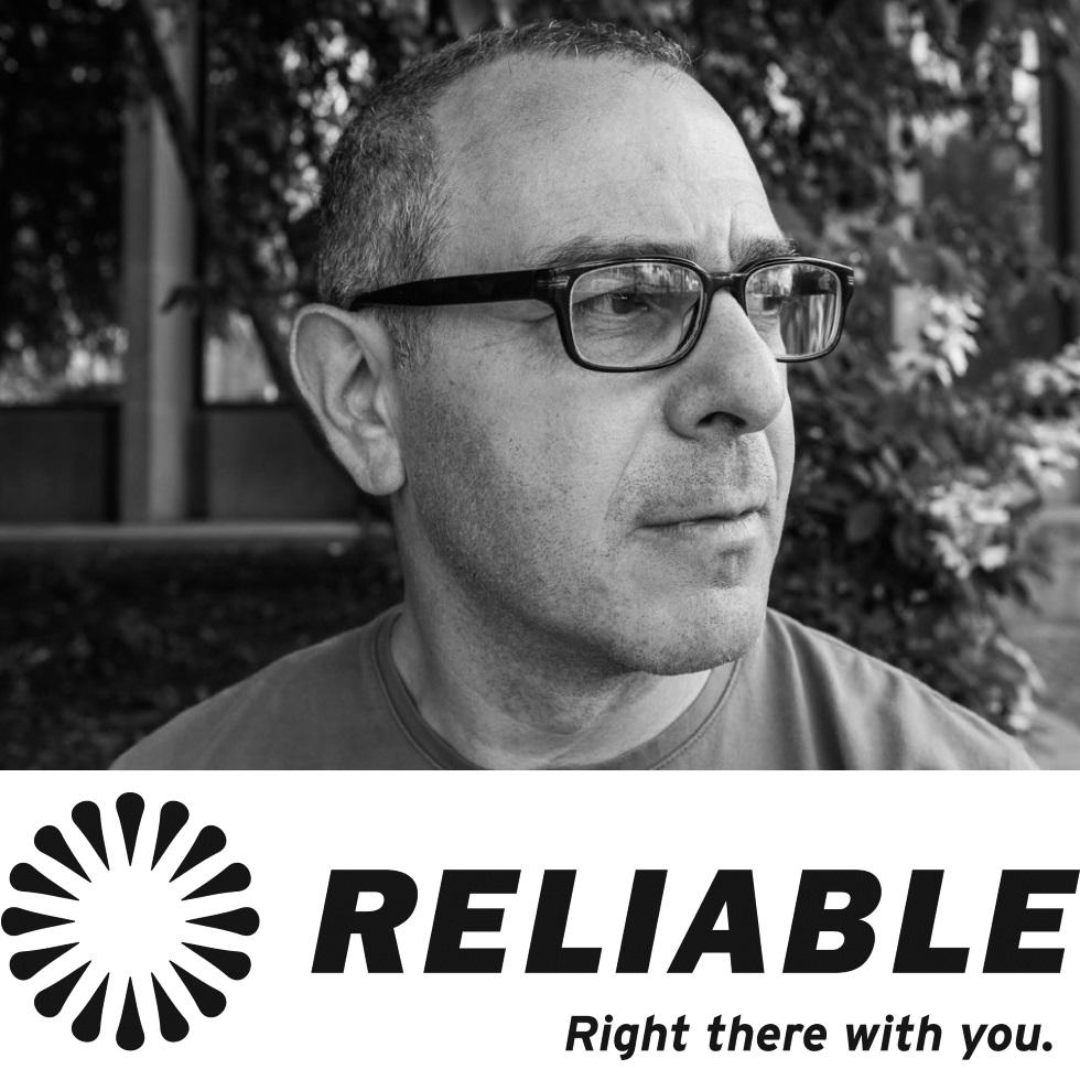 Robert Kahn Headshot