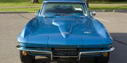 1966 Corvette Sting Ray 427 Gets Wet Sanded and Buffed to Perfection post thumbnail