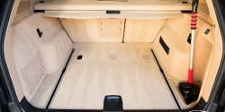 Groom Carpets and Floor Mats without Special Tools Thumbnail