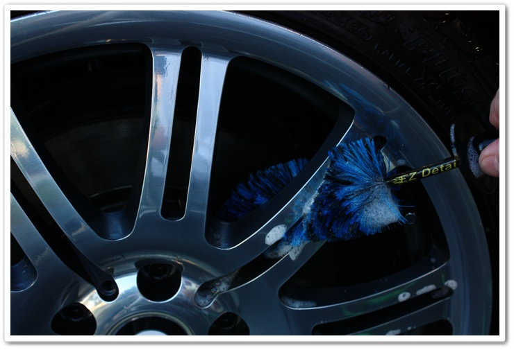Using Mini E-Z Detail Brush on some BMW M3 wheel spokes