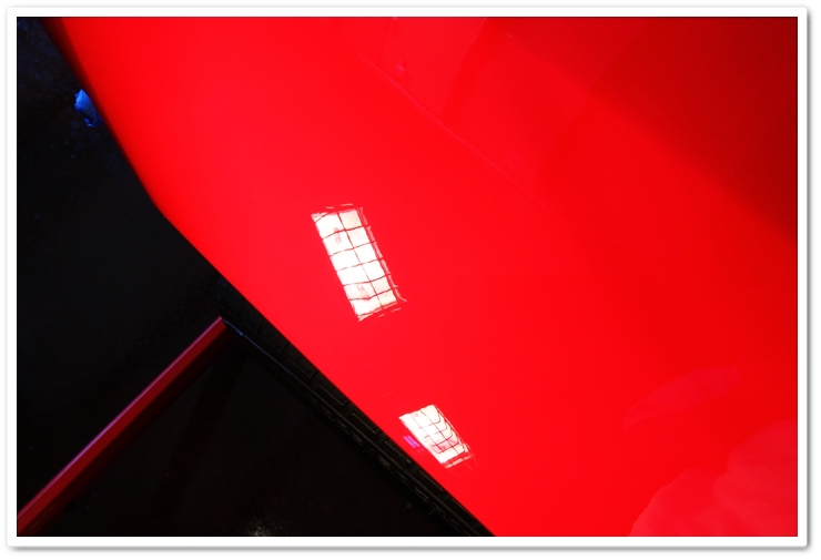 1985 Ferrari 288 GTO paint after polishing with Menzerna Super Intensive Polish and an orange pad