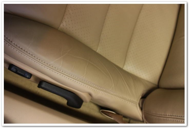 Tarnished leather on a newly delivered 2008 Chevy Corvette