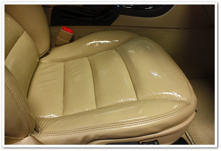 Leatherique Rejuvenator Oil applied to 2008 Chevy Corvette leather seats