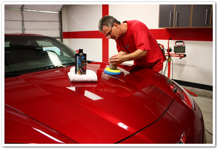 Applying Blackfire Wet Diamond with a PC 7424XP buffer and a blue finessing pad on a 2008 Chevy Corvette