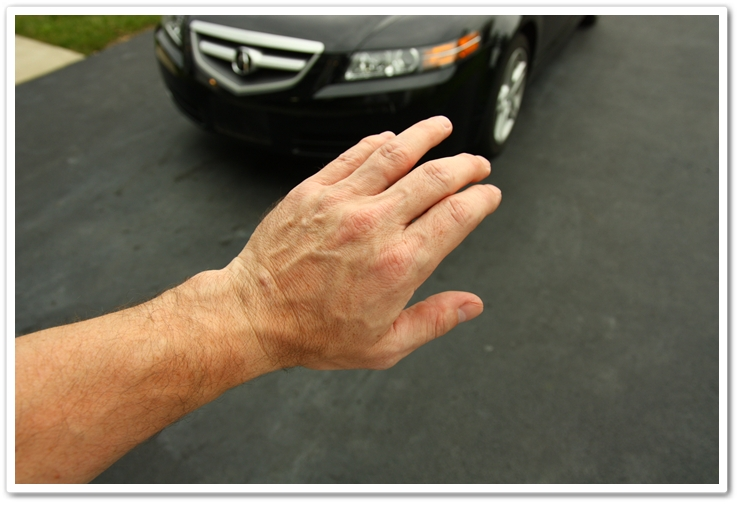 Remove all jewelry prior to washing your car to prevent scratches, scrapes and scuffs