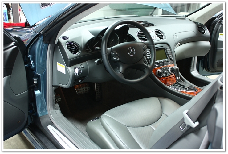 Interior detail shot of Mercedes SL500