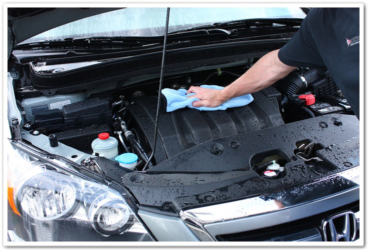 Drying your engine bay with Microfiber
