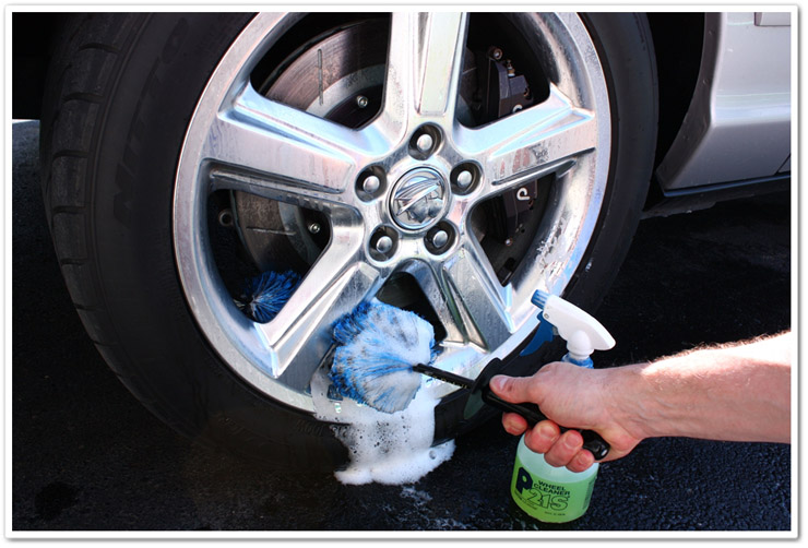 The DIY Beginner's Guide to Cleaning Your Car | BestRide