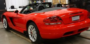 Hybrid Polishing Process featuring a 2004 Dodge Viper