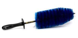 Ivan Rajic's 10 Favorite Detailing Products - EZ Detail Brush