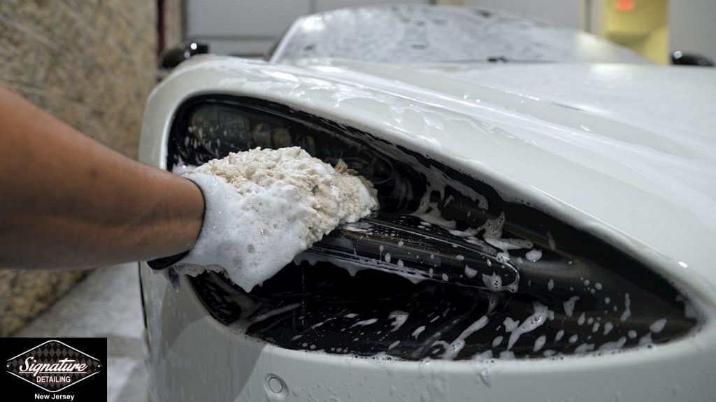 Auto Detailing Myth: Touchless Car Washing is Best for Vehicle Surfaces