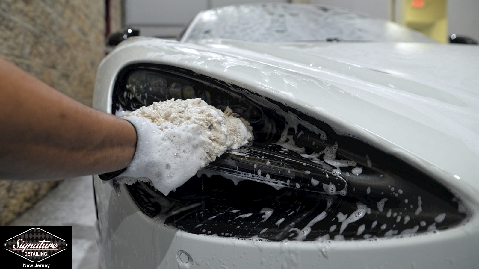 Auto Detailing Myth: Touchless Car Washing is Best for