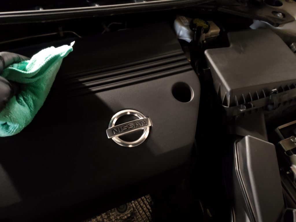 Engine-Bay-Waterless-Washing