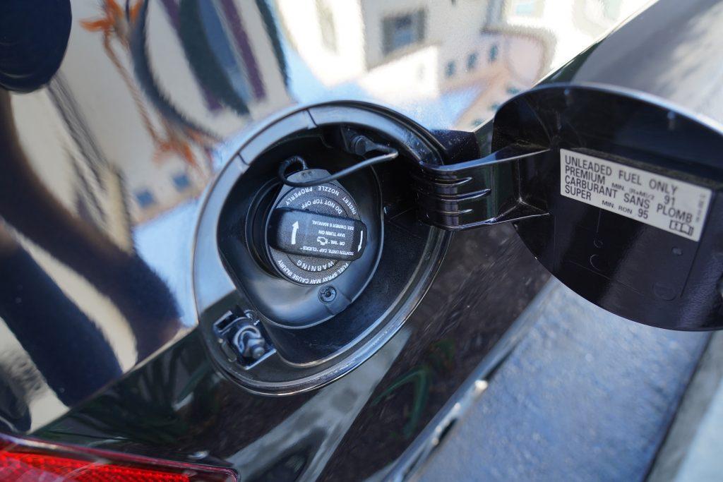 clean-gas-cap