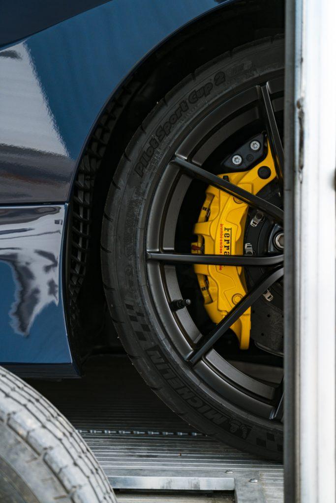 ferrari pista - wheels