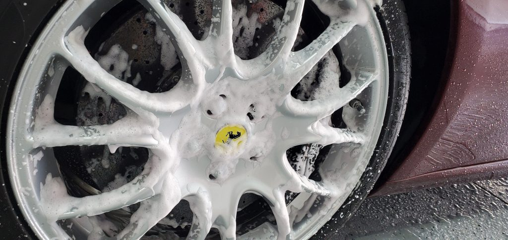 Sonax Actifoam Energy on Wheels and Carbon Ceramic Brakes