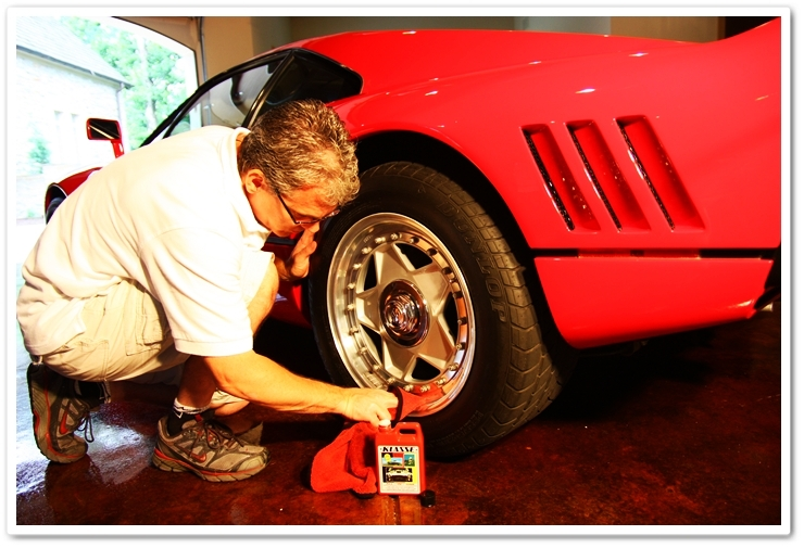 Applying Klasse All In One to Ferrari 288 GTO wheels to clean and protect them