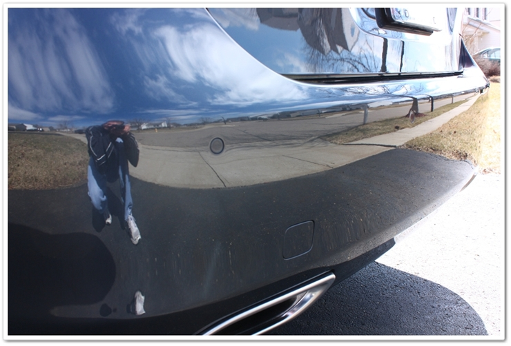 2008 Lexus LS460L bumper reflection