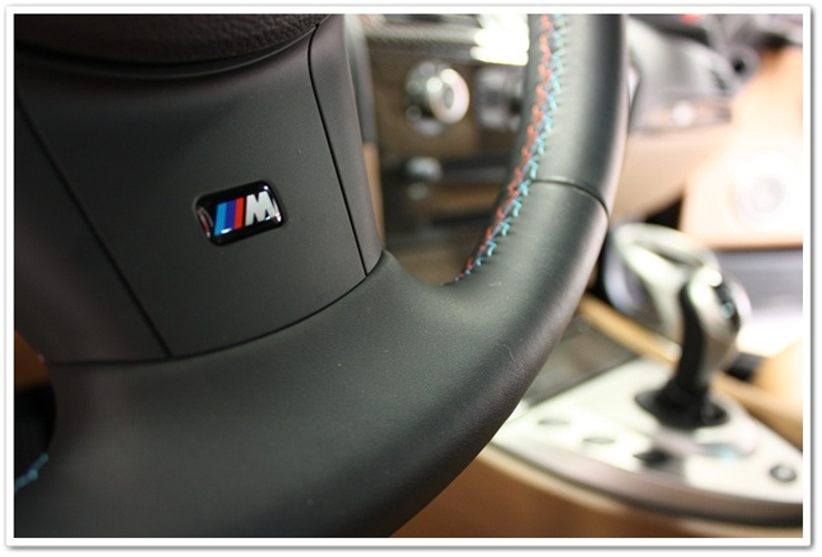 2008 BMW M6 steering wheel after interior detail