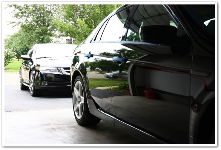Back to back Acura TL's in Nighthawk Black Pearl