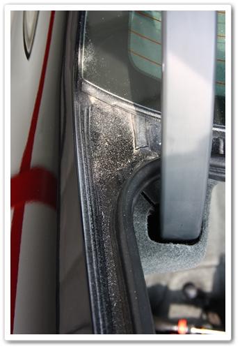 Polishing dust left behind in door jambs after polishing