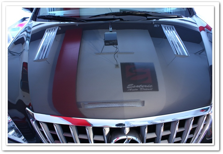 2008 Lexus RX350 hood reflection