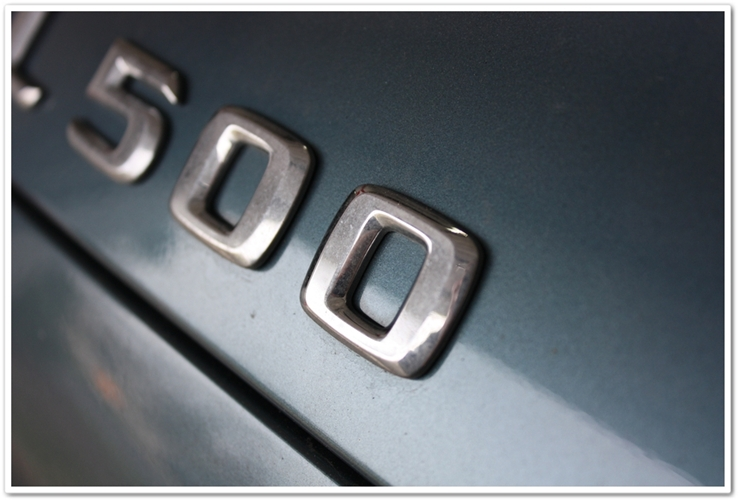 Before detailing Mercedes SL500 badge