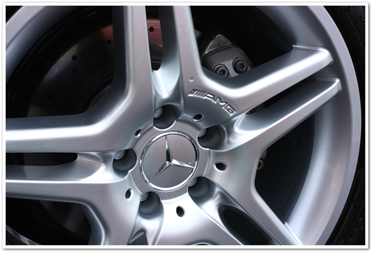 Detailed Mercedes wheels