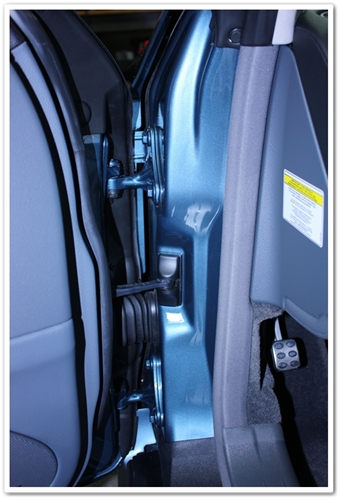 Detailed door jambs on a Mercedes SL500