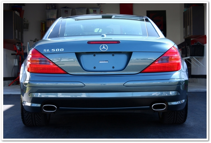 2006 Mercedes SL500 back view