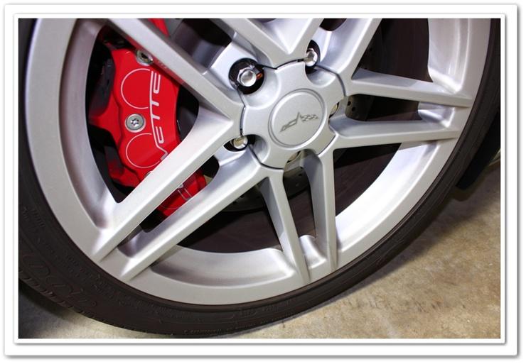 2008 Chevy Z06 Corvette wheel with brake dust