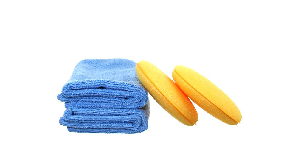 2x Applicators and 2x Microfiber Towels Kit
